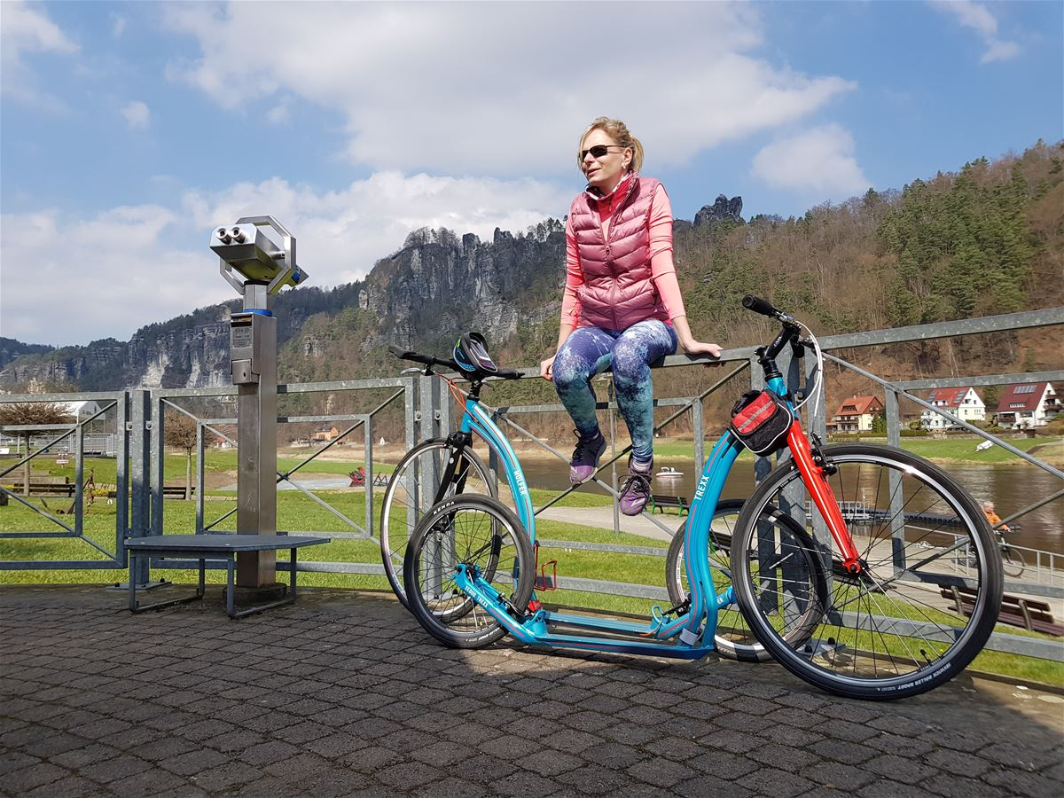 Marcela and her friend set off for an outing to Bohemian Switzerland on Yedoo Trexx and Yedoo Wolfer