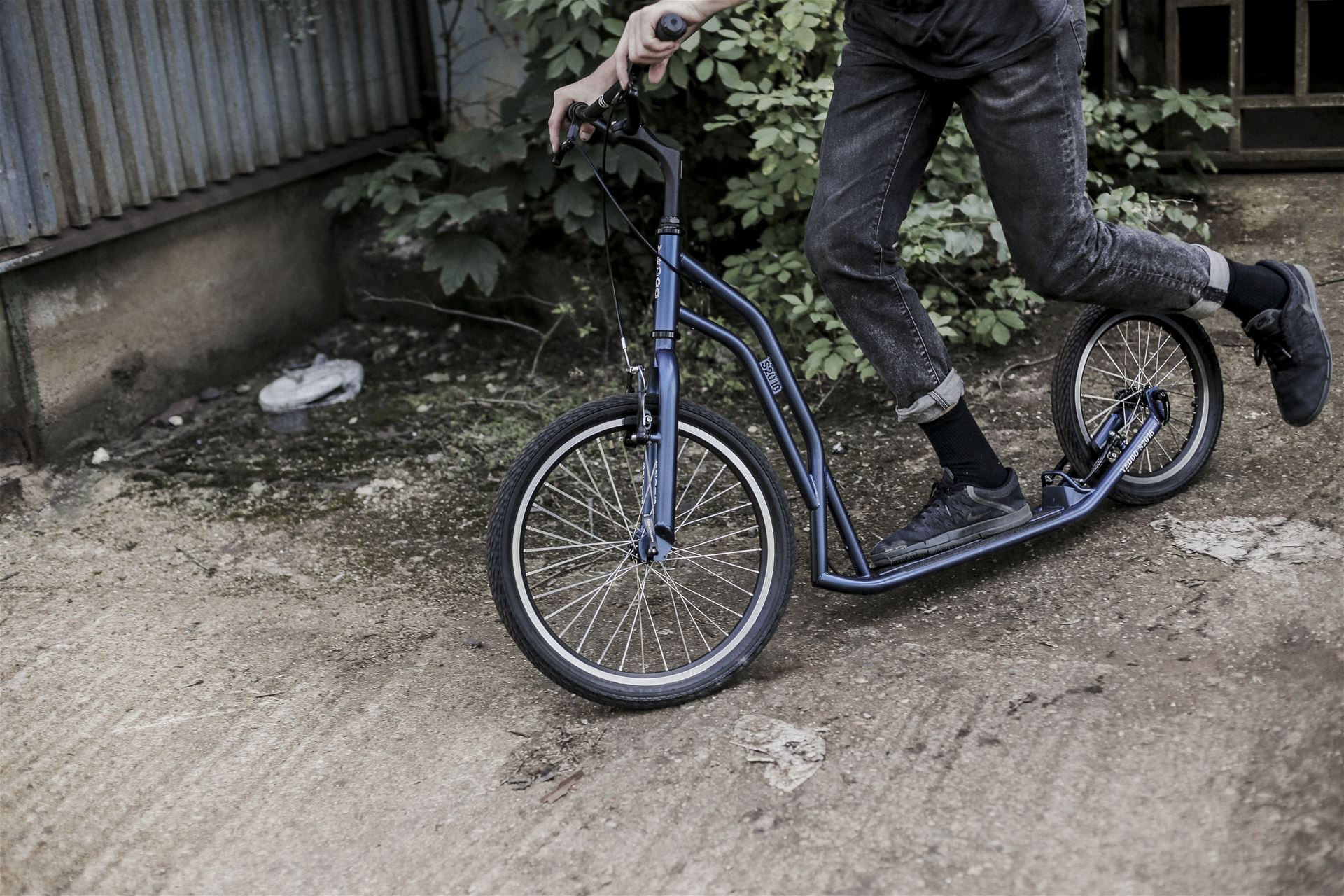 Adult and Children´s Scooters and Balance Bikes