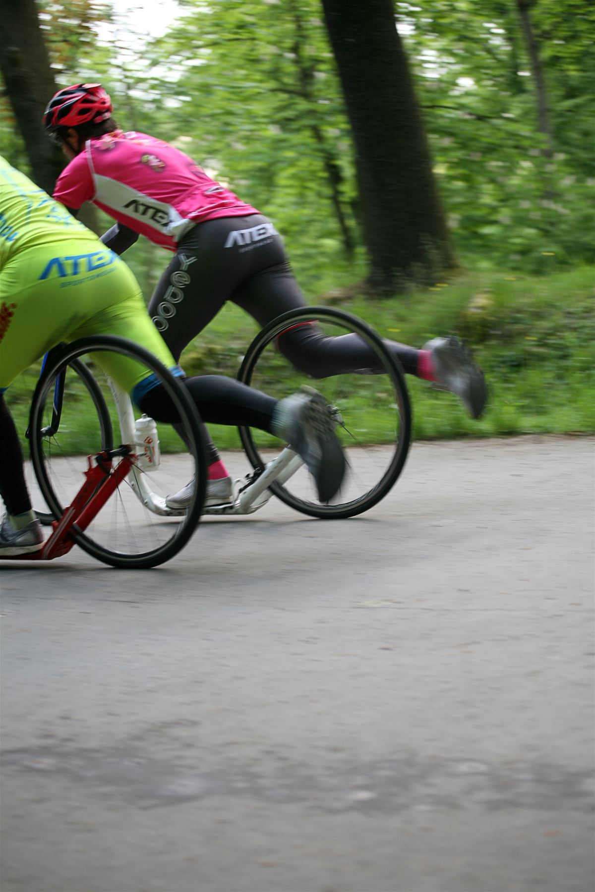 When riding uphill, push off shortly and frequently and switch legs often.